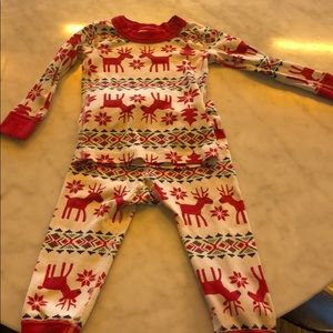 Hanna Andersson 2T reindeer pajamas